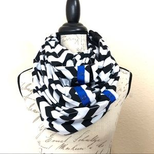 Lululemon Vinyasa chevron infinity scarf wrap